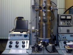 Electron microscope EMV-100 LM