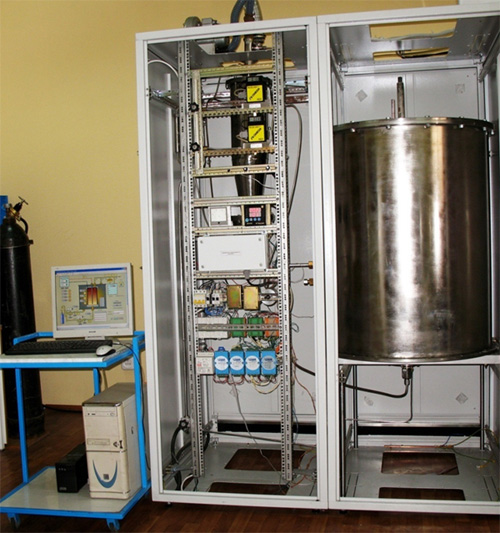 Electrothermal fluidized-bed graphite reactor-equipped installation